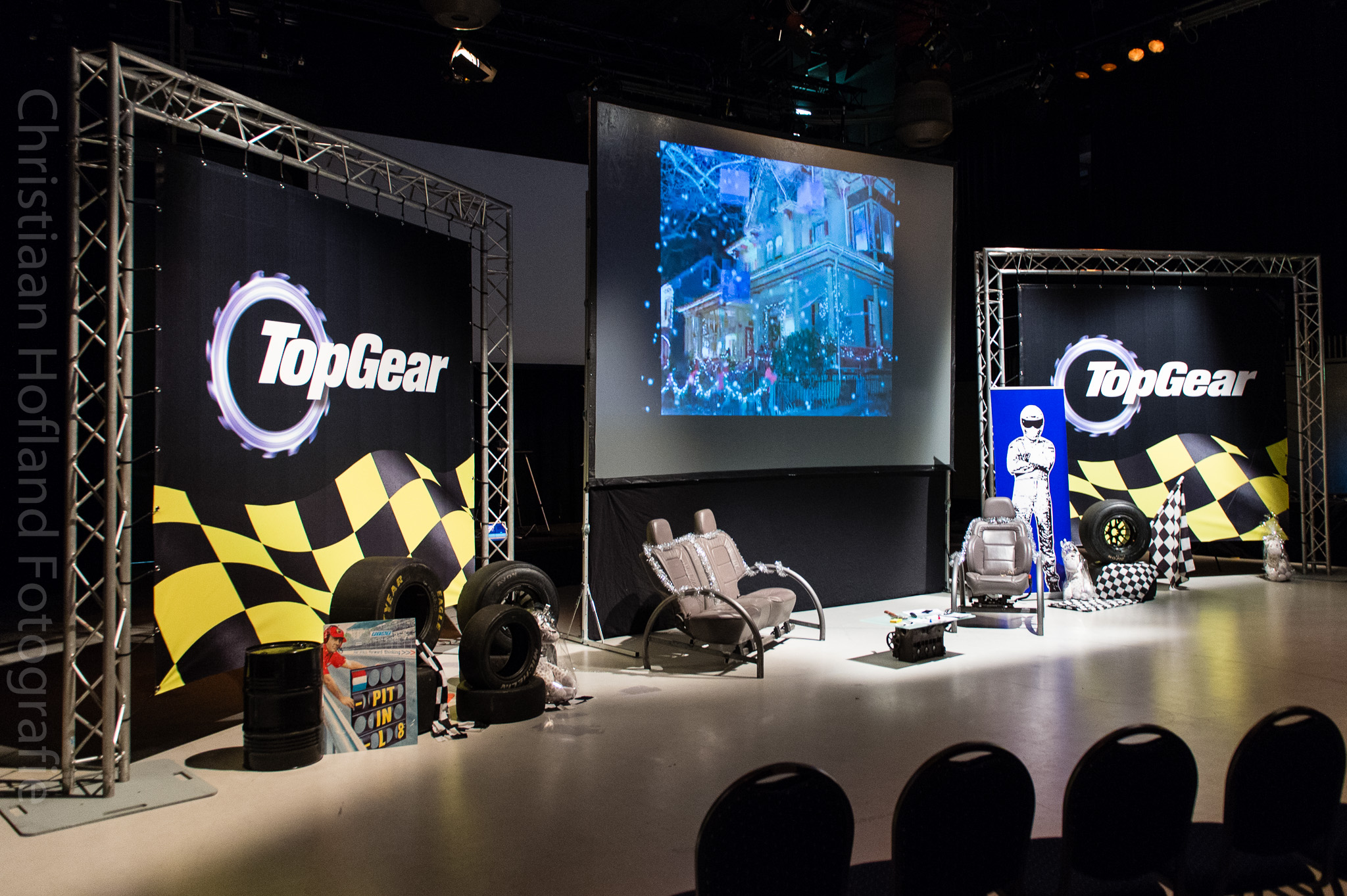 In Top Gear kick off fotoreportage