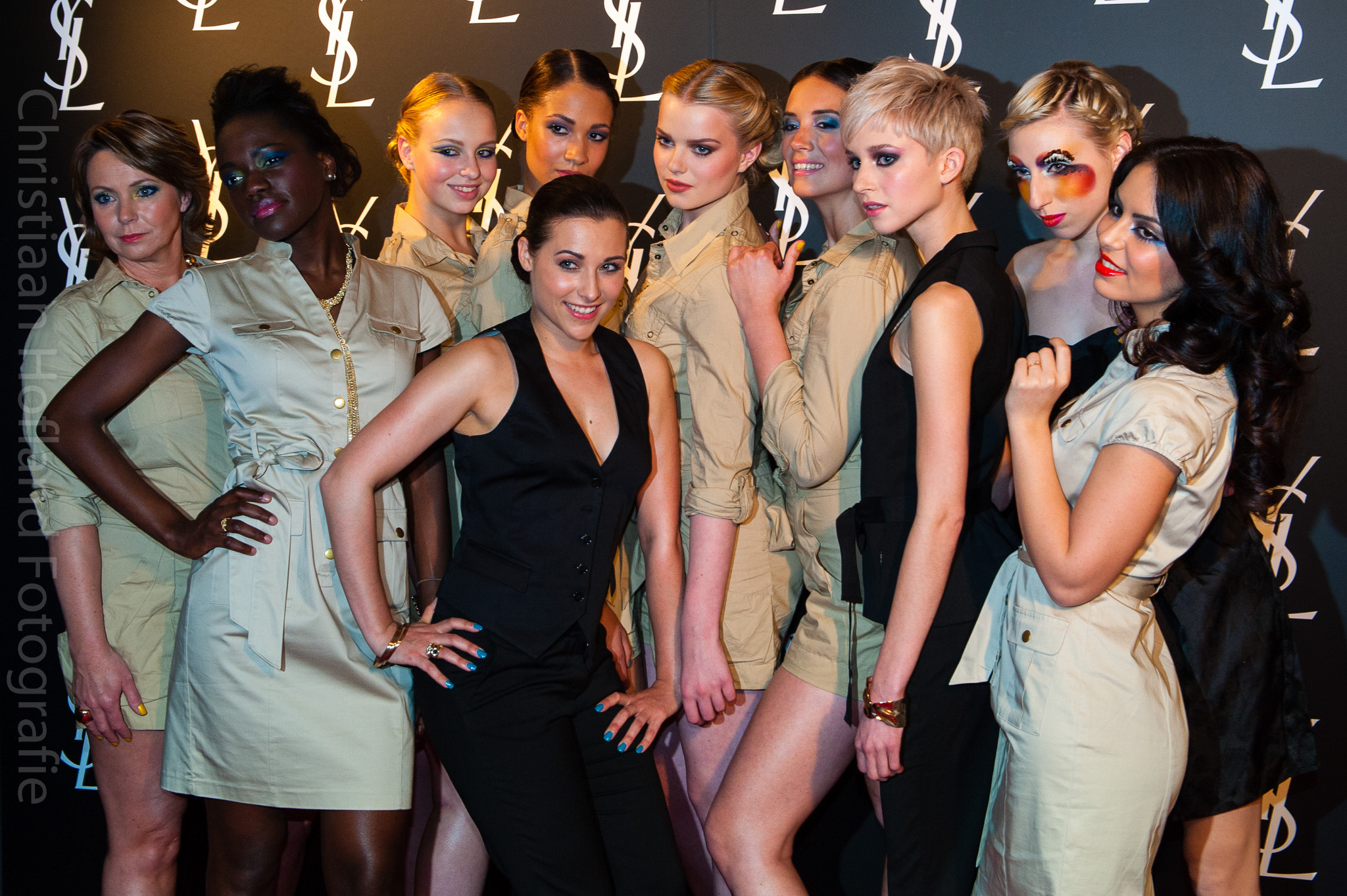 De modellen op het Yves Saint Laurent kick off event